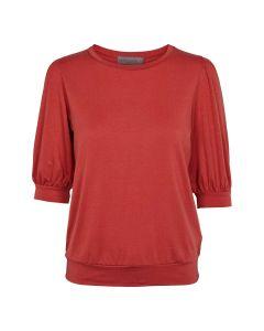T-shirt med læg på skuldre og 3/4 lange ærmer